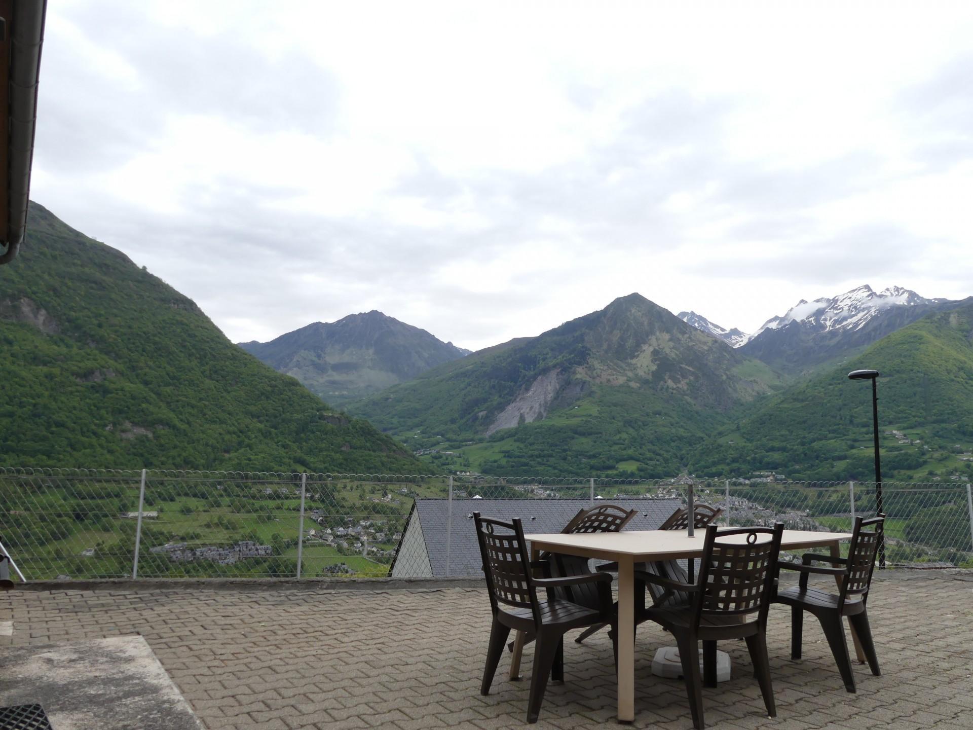 App 2 terrasse avec vue sur la vallee 1